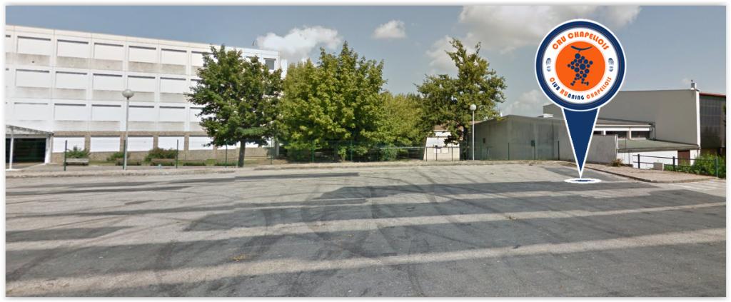 Nouveau point de rendez-vous : le parking du Collège